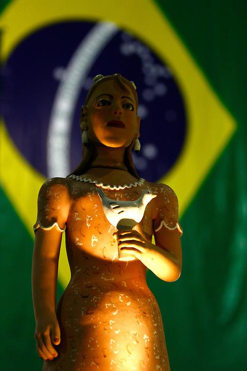 Belo Horizonte_MG, Brasil.<br /> <br /> Bonecas de barro na 17 feira Nacional de Artesanato, no Centro de Convencoes Expominas em Belo Horizonte, Minas Gerais.<br /> <br /> Clay dolls in the 17th National Craft Fair in Expominas Convention Centre in Belo Horizonte, Minas Gerais.<br /> <br /> Foto: MARCUS DESIMONI / NITRO
