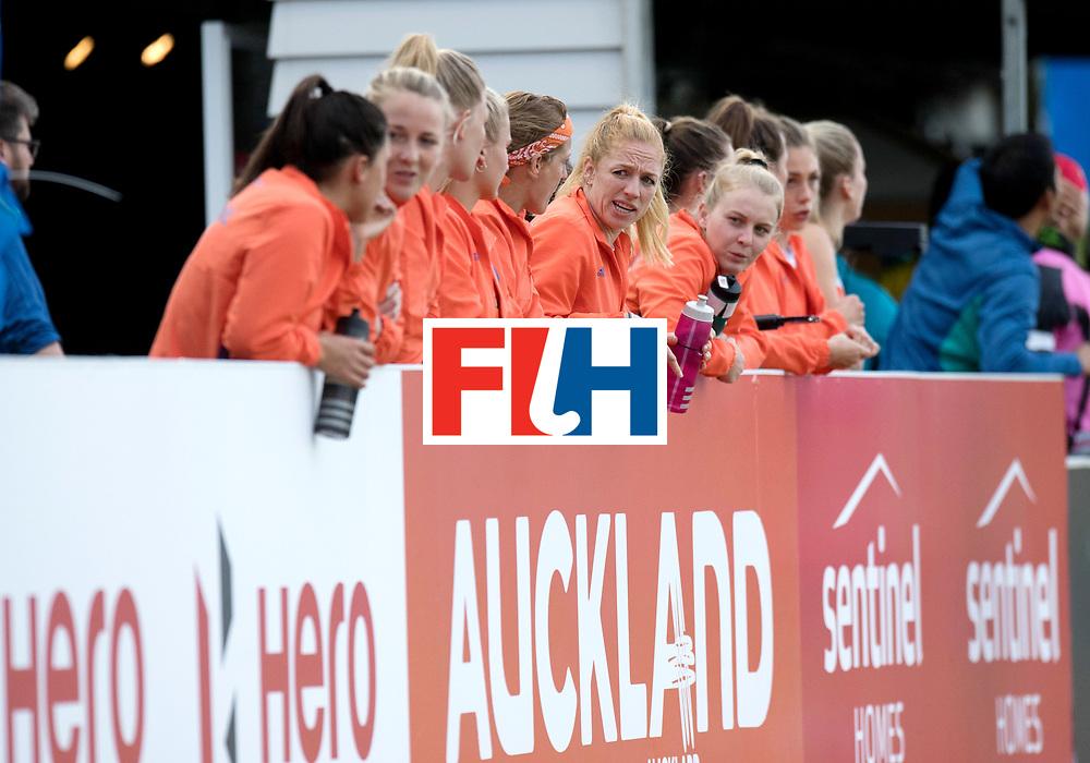 AUCKLAND - Sentinel Hockey World League final women<br /> Match id: 10309<br /> 19 USA v CHN (Losing Q/Finalists Match)<br /> Foto: Dutch team is watching.<br /> WORLDSPORTPICS COPYRIGHT FRANK UIJLENBROEK