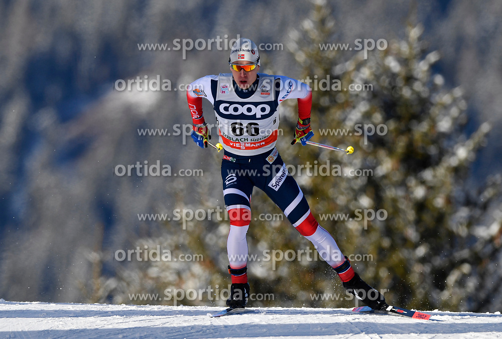 16.12.2017, Nordic Arena, Toblach, ITA, FIS Weltcup Langlauf, Toblach, Herren, 15 km, im Bild Simen Hegstad Kreuger (NOR) // Simen Hegstad Kreuger of Norway during men's 15 km of the FIS Cross Country World Cup at the Nordic Arena in Toblach, Italy on 2017/12/16. EXPA Pictures &copy; 2017, PhotoCredit: EXPA/ Nisse Schmidt<br /> <br /> *****ATTENTION - OUT of SWE*****