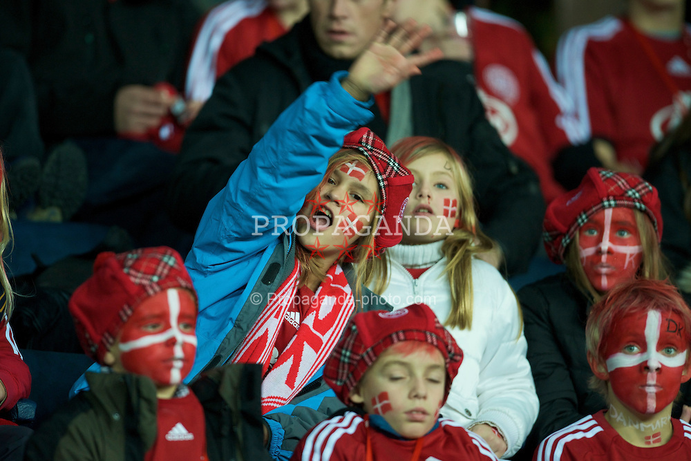 COPENHAGEN, DENMARK - Wednesday, November 19, 2008: Young Denmark supporters during the international friendly match against Wales at the Brøndby Stadium. (Photo by David Rawcliffe/Propaganda)
