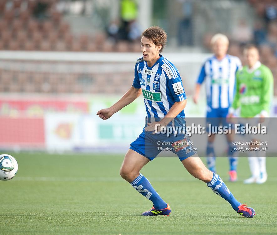 Joel Perovuo. HJK - RoPS. Veikkausliiga. Helsinki 21.8.2011. Photo: Jussi Eskola