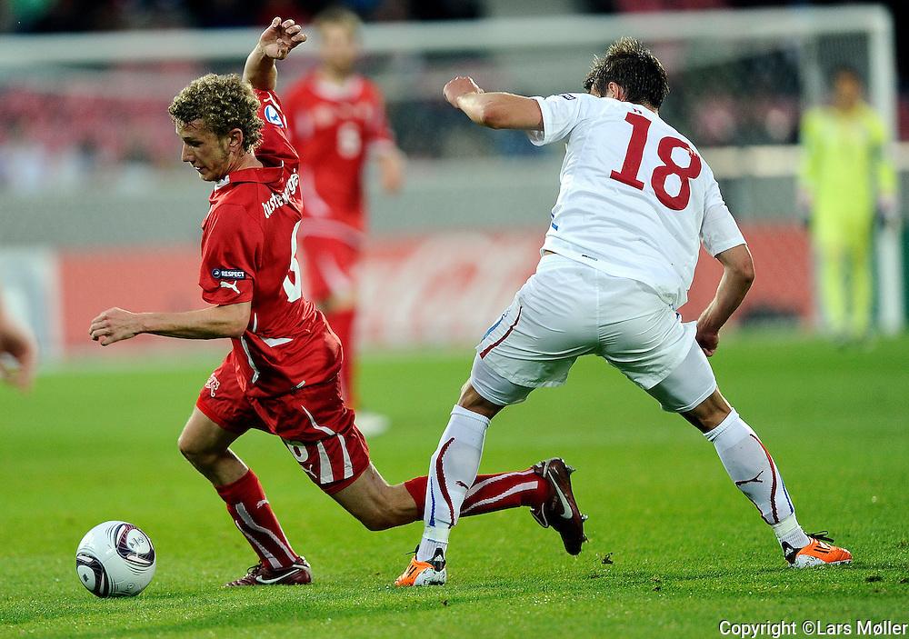 DK Caption:<br /> 20110622, Herning, Danmark.<br /> Fodbold UEFA U21 Euroropamesterskab, semifinale:<br /> Schweiz - Tjekkiet:  Fabian Lustenberger, Schweiz / Switzerland., Lukas Marecek, Tjekkiet / Czech Republic.<br /> Foto: Lars M&oslash;ller<br /> <br /> UK Caption:<br /> 20110625, Aarhus, Denmark.<br /> Football UEFA U21 European Championship, semifinal:<br /> Schweiz - Czeck Republic: Fabian Lustenberger, Schweiz / Switzerland., Lukas Marecek, Tjekkiet / Czech Republic.<br /> Photo: Lars Moeller