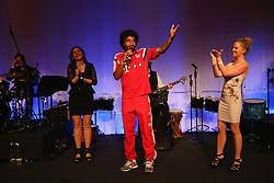 "17.05.2014, T Com, Berlin, GER, DFB Pokal, Bayern Muenchen Pokalfeier, im Bild Dante of Muenchen sings for his wife Jocelina on her birthday Dante, // during the FC Bayern Munich ""DFB Pokal"" Championsparty at the T Com in Berlin, Germany on 2014/05/17. EXPA Pictures © 2014, PhotoCredit: EXPA/ Eibner-Pressefoto/ EIBNER<br /> <br /> *****ATTENTION - OUT of GER*****"