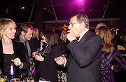 Trudie Styler and Gerald Ronson, Fundraising party with airline theme in aid of the Old Vic and to celebrate the appointment of Kevin Spacey as artistic director.  <br />Old Billinsgate Market.  5 February 2003. © Copyright Photograph by Dafydd Jones 66 Stockwell Park Rd. London SW9 0DA Tel 020 7733 0108 www.dafjones.com