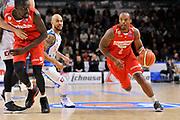 DESCRIZIONE : Beko Legabasket Serie A 2015- 2016 Dinamo Banco di Sardegna Sassari - Openjobmetis Varese<br /> GIOCATORE : Maalik Wayns<br /> CATEGORIA : Palleggio Penetrazione<br /> SQUADRA : Openjobmetis Varese<br /> EVENTO : Beko Legabasket Serie A 2015-2016<br /> GARA : Dinamo Banco di Sardegna Sassari - Openjobmetis Varese<br /> DATA : 07/02/2016<br /> SPORT : Pallacanestro <br /> AUTORE : Agenzia Ciamillo-Castoria/C.Atzori