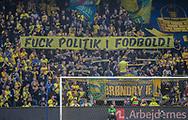 Brøndby-fans med et budskab før kampen i 3F Superligaen mellem Brøndby IF og AaB den 18. august 2019 på Brøndby Stadion (Foto: Claus Birch).