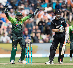 Pakistan's Sarfraz Ahmed, left, appeals to the wicket of New Zealand's Kane Williamson in the third one day cricket international at the University of Otago Oval, Dunedin, New Zealand, Saturday, January 13, 2018. Credit:SNPA / Adam Binns ** NO ARCHIVING**