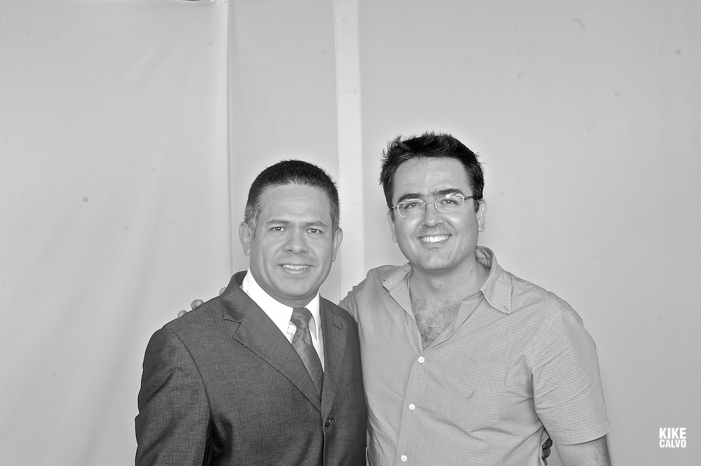 Spanish photographer KIKE CALVO with Hugo Famania, from . Debate Abierto