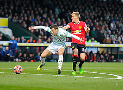 Yeovil Town's Kevin Dawson battles for the ball with Manchester United's Darren Fletcher  - Photo mandatory by-line: Joe meredith/JMP - Mobile: 07966 386802 - 04/01/2015 - SPORT - football - Yeovil - Huish Park - Yeovil Town v Manchester United - FA Cup - Third Round