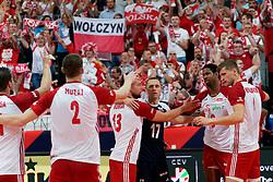 23-09-2019 NED: EC Volleyball 2019 Poland - Germany, Apeldoorn<br /> 1/4 final EC Volleyball - Poland win 3-0 / Support fan Poland Michał Kubiak #13 of Poland, Paweł Zatorski #17 of Poland, Wilfredo Leon Venero #9 of Poland, Piotr Nowakowski #1