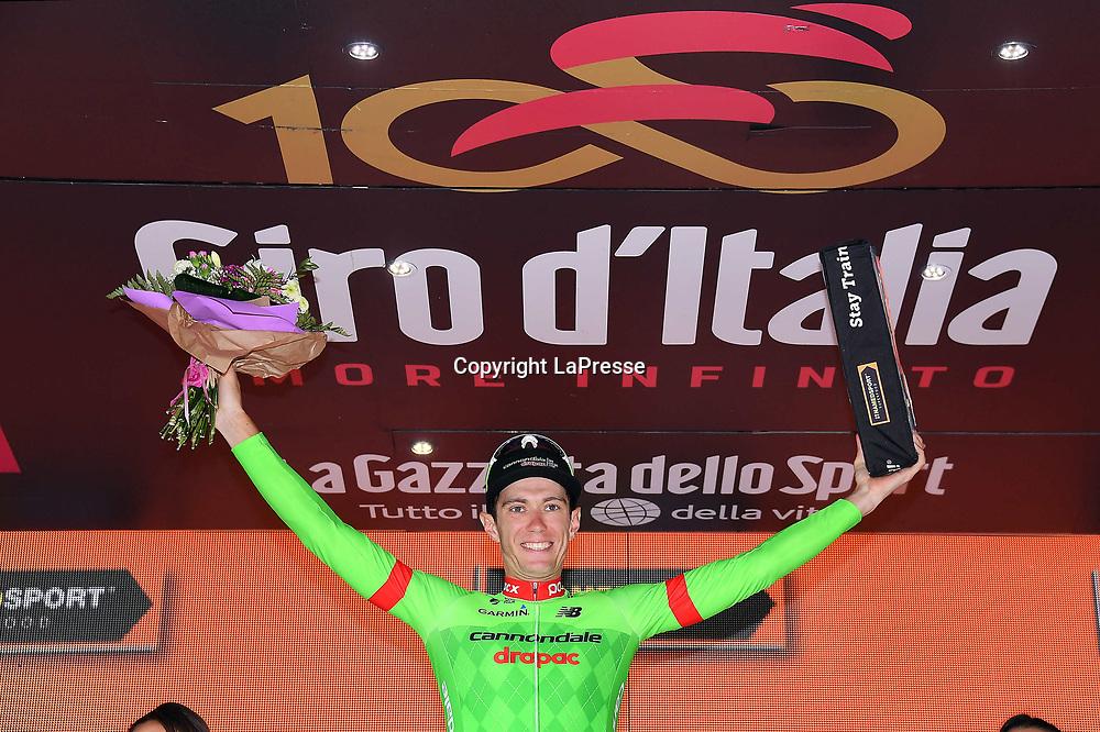 Foto LaPresse - Gian Mattia D'Alberto<br /> 24/05/2017 Tirano-Canazei (Italia)<br /> Sport Ciclismo<br /> Giro d'Italia 2017 - 100a edizione -  Tappa 17 - da<br /> Tirano a Canazei (Val di Fassa) -  219 km ( 136<br /> miglia )<br /> Nella foto: la gara<br /> <br /> Photo LaPresse - Gian Mattia D'Alberto<br /> May 24, 2017 Tirano, Sondrio ( Italy ) <br /> Sport Cycling<br /> Giro d'Italia 2017 - 100th edition -  Stage 17  - Tirano<br /> to Canazei (Val di Fassa) - 219 km ( 136 miles )<br /> In the pic: the competition