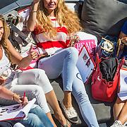 NLD/Amsterdam/20140613 - Leco van Zadelhoff organiseert samen met Beau Monde Beau Bateau een vaartocht met vriendinnen, Estelle Cruijff liggend in de sloep