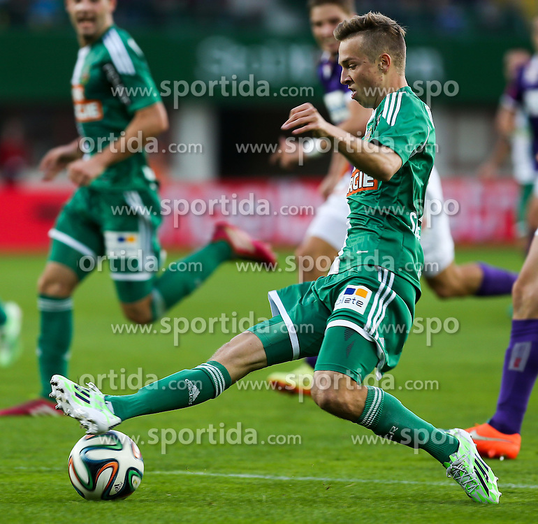09.11.2014, Ernst Happel Stadion, Wien, AUT, 1. FBL, SK Rapid Wien vs FK Austria Wien, 15. Runde, im Bild Philipp Schobesberger (SK Rapid Wien) // during a Austrian Football Bundesliga Match, 15th Round, between SK Rapid Vienna and FK Austria Vienna at the Ernst Happel Stadion, Wien, Austria on 2014/11/09. EXPA Pictures © 2014, PhotoCredit: EXPA/ Alexander Forst