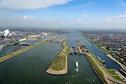 Nederland, Noord-Holland, Gemeente Velsen, 09-04-2014; Noordzeekanaal met sluizen IJmuiden. Noordersluis en Middensluis (voorgrond), links de spuisluis en Tata Steel (voorheen Corus, Hoogovens).<br /> Entrance Noorzee-channel with locks and Tata Steel in the background.<br /> luchtfoto (toeslag op standard tarieven);<br /> aerial photo (additional fee required);<br /> copyright foto/photo Siebe Swart