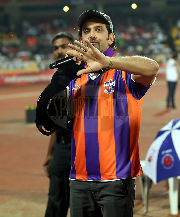 Hrithik Roshan co owner of FC pune city during match 14 of the Hero Indian Super League between FC Pune City<br /> and FC Goa held at the Shree Shiv Chhatrapati Sports Complex Stadium, Pune, India on the 26th October 2014.<br /> <br /> Photo by:  Sandeep Shetty/ ISL/ SPORTZPICS