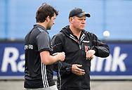 UTRECHT - coach Graham Reid (Adam)  met assistent-coach Joost Bitterling (A'dam) voor de 2e finale van de play-offs om de landtitel tussen de heren van Kampong en Amsterdam  (1-2) . Zondag volgt er een derde en beslissende wedstrijd. COPYRIGHT  KOEN SUYK