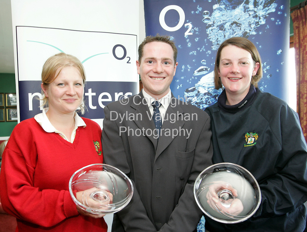 17/5/2004.Irish Independent Sport.Pictured at the O2 Masters All Ireland Golf Championships at Kilkenny Golf Club was Douglas Higgins O2 Kilkenny with Julie Walsh (left) and Aishling o Connor of Boystown Golf Club..Picture Dylan Vaughan
