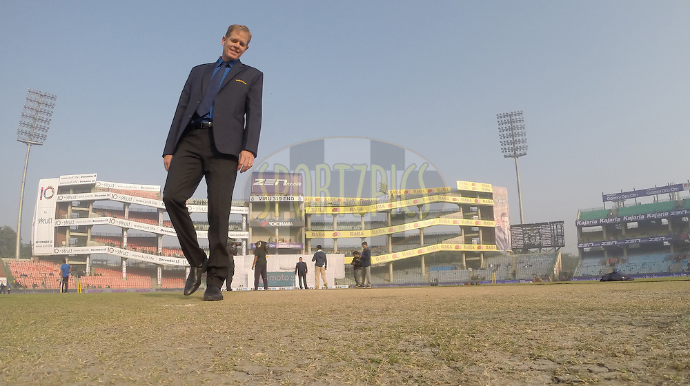 Shaun Pollock inspects the pitch during day two of the 4th Paytm Freedom Trophy Series Test Match between India and South Africa held at the Feroz Shah Kotla Stadium in Delhi, India on the 4th December 2015<br /> <br /> Photo by Ron Gaunt  / BCCI / SPORTZPICS
