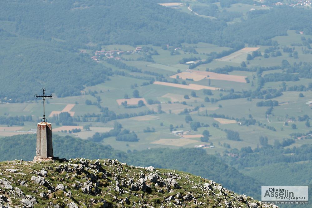 Cross near the summit of Mount Cagire, Haute-Garonne, Midi-Pyrenees, France.