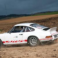 Car 42 Peter Morris Helen Morris Porsche 911 Carrera_gallery