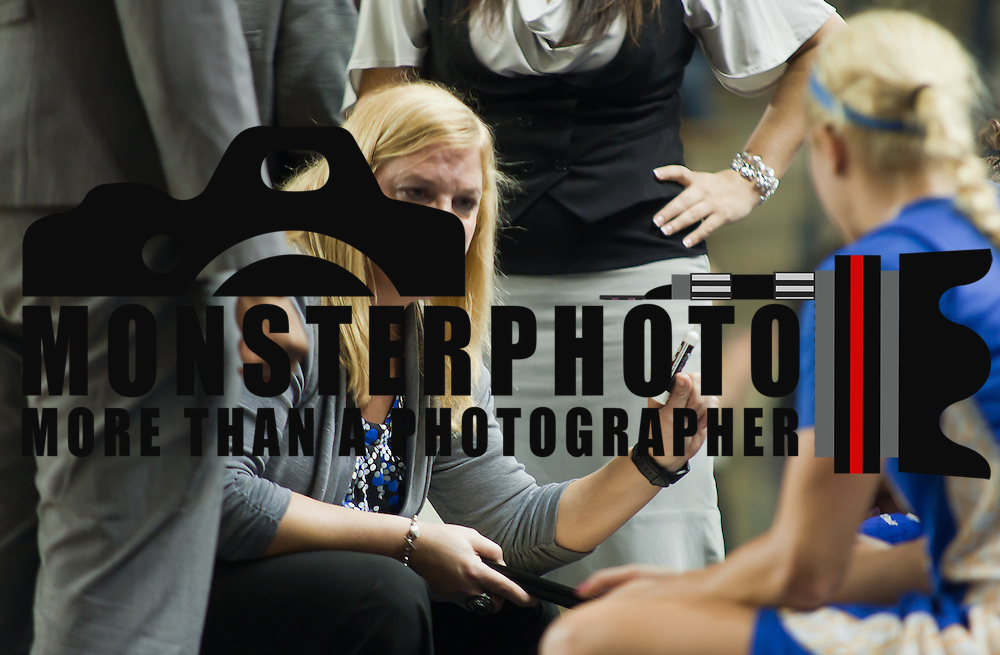 01/26/12 Newark DE: Hofstra Women's Head Coach Krista Kilburn-Steveskey in the huddle during a time out giving her players instructions during a Colonial Athletic Association basketball game against Delaware Thursday, Jan. 26, 2012 at the Bob carpenter center in Newark Delaware..