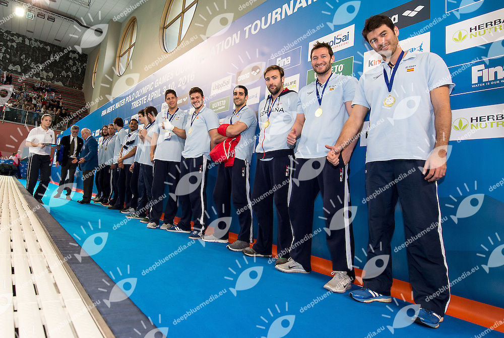 Team Spain awarded for Olympic qualification <br /> FINA Men's Water polo Olympic Games Qualifications Tournament 2016<br /> Final 1st place<br /> Hungary HUN (White) Vs Italy ITA (Blue)<br /> Trieste, Italy - Swimming Pool Bruno Bianchi<br /> Day 08  10-04-2016<br /> Photo G.Scala/Insidefoto/Deepbluemedia