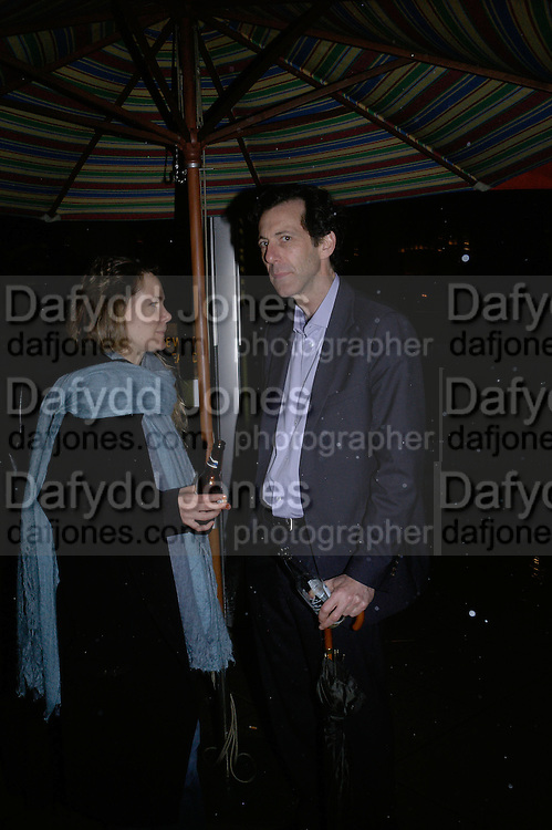 Louise de la Tour and Ralf Rugoff, Antony Gormley - private view,  Hayward Gallery, South Bank, London, 16 May 2007.  -DO NOT ARCHIVE-© Copyright Photograph by Dafydd Jones. 248 Clapham Rd. London SW9 0PZ. Tel 0207 820 0771. www.dafjones.com.