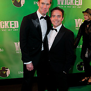 NLD/Scheveningen/20111106 - Premiere musical Wicked, Sipke Jan Bousema en partner Willem van Leunen