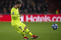 November 28, 2018 - Eindhoven, Netherlands - Lionel Messi of Barcelona takes a free kick during the UEFA Champions League Group B match between PSV Eindhoven and FC Barcelona at Philips Stadium in Eindhoven, Netherlands on November 28, 2018  (Credit Image: © Andrew Surma/NurPhoto via ZUMA Press)
