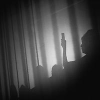 """27e édition du défilé annuel de La Cambre, """"Show 15"""", aux Halles de Schaerbeek (Bruxelles). Une soixantaine d'étudiants toutes années confondues présenteront leurs créations aux membres du jury international, qui comptera notamment la créatrice américaine Diane von Fürstenberg. ©Jean-Michel Clajot / Cosmos © Jean-Michel Clajot"""
