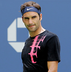 Roger Federer - Practice session during US OPEN - 22 Aug 2017