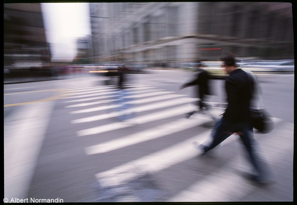 Crosswalk rush hour, Chicago, Illinois, USA, June 2003