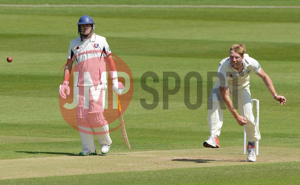 Liam Norwell of Gloucestershire - Photo mandatory by-line: Dougie Allward/JMP - Mobile: 07966 386802 - 21/05/2015 - SPORT - Cricket - Bristol - County Ground - Gloucestershire v Kent - LV=County Cricket