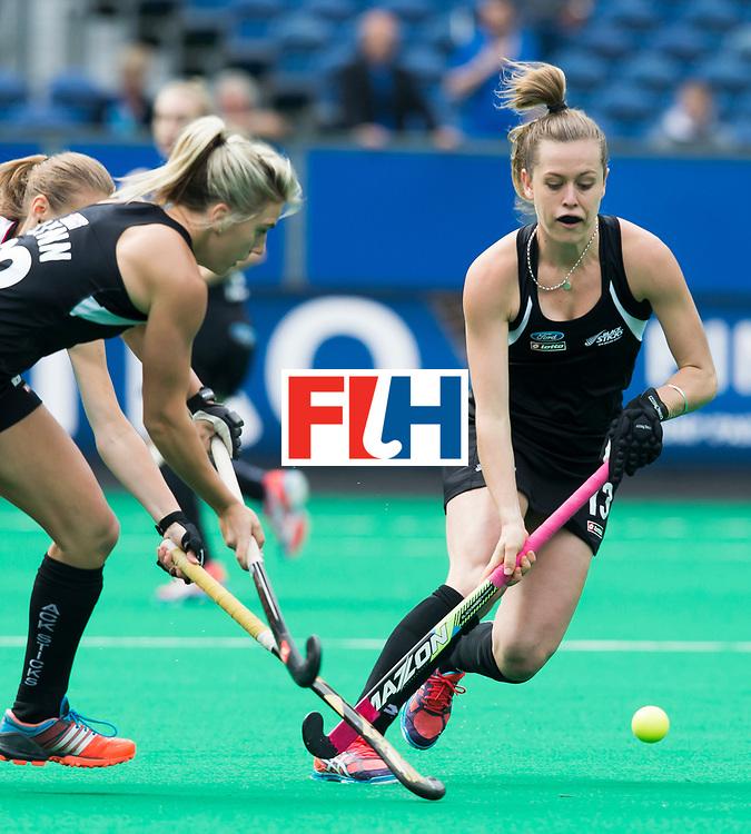 BRASSCHAAT (ANTWERP) -  New Zealand Samantha Charlton during the Fintro Hockey World League Semi-Final match between the women of New Zealand and Poland. COPYRIGHT WORLDSPORTPICS KOEN SUYK