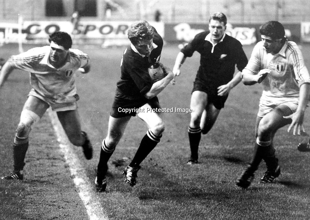 All Black John Gallagher runs down the touchline in the New Zealand v France XV game, 1986. Photo: Photosport.co.nz