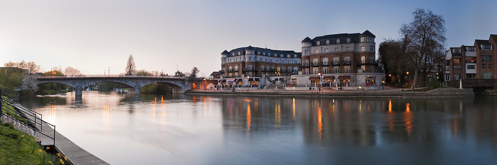 Dusk on the River Thames at Staines Bridge, Middlesex, Uk