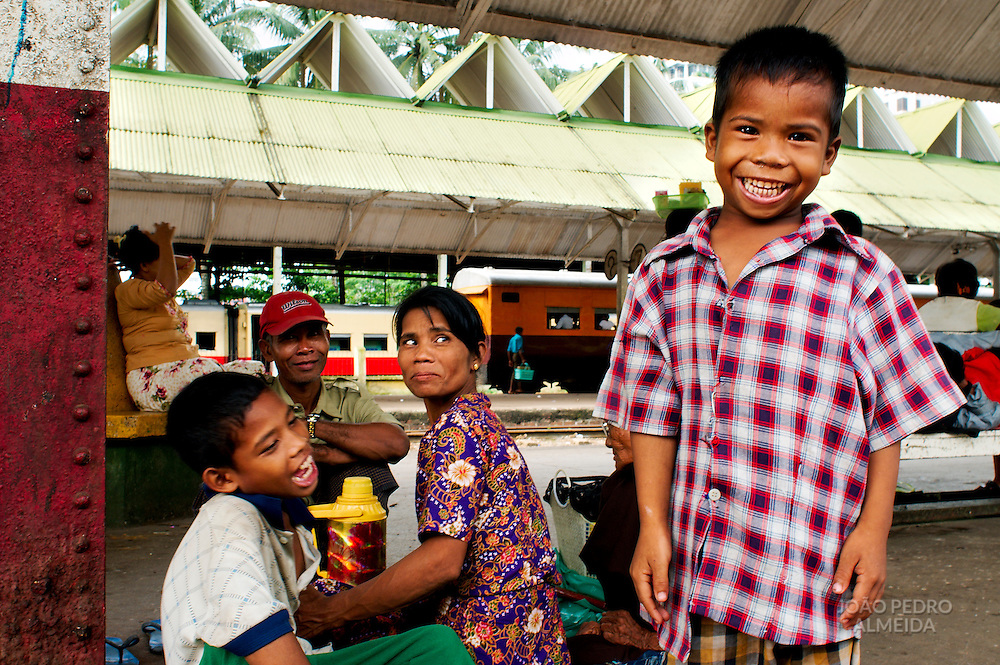 Family at Yangon's Central train station