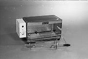 20-25/05/1966<br /> 05/20-25/1966<br /> 20-25 May 1966<br /> Competition prizes photographed at Lensmen Studio for Esso (Ireland) Ltd. An Elgen Grill.