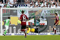 15.10.2011,Volkswagen Arena, Wolfsburg, GER, 1.FBL,VfL Wolfsburg vs 1. FC Nuernberg , im Bild  Mario Mandzukic (Wolfsburg #18) trifft zum 1 zu 0 .// during the match from GER, 1.FBL, VfL Wolfsburg vs 1. FC Nuernberg  on 2011/10/15, Volkswagen Arena, Wolfsburg, Germany..EXPA Pictures © 2011, PhotoCredit: EXPA/ nph/  Schrader       ****** out of GER / CRO  / BEL ******