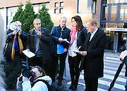 Frilansere fra flere land deltok da Frilansjournalistene i Norsk Journalistlag mobiliserte med «Aksjon for opphavsretten» utenfor Hjemmet Mortensens hovedkvarter i Nydalen i Oslo fredag 5. november 2010.