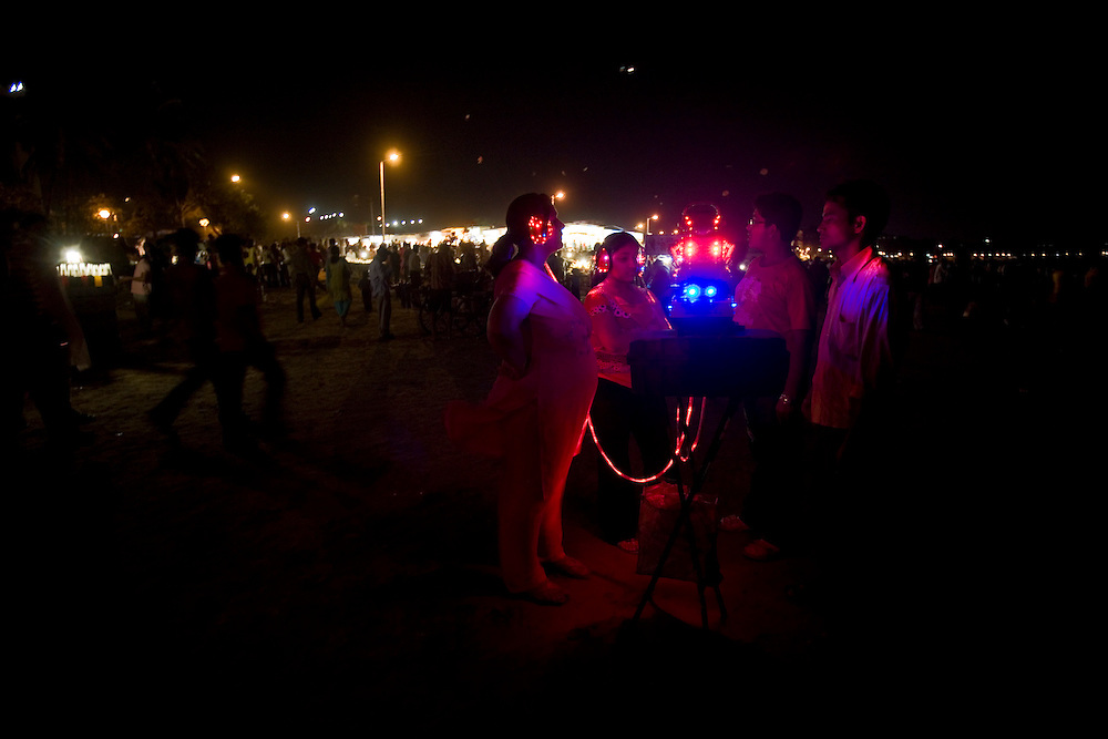 A fortune telling machine in the Juhu beach area of Mumbai, India, March 29, 2008. Prashanth Vishwanathan\ATLAS PRESS