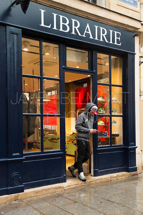 boutique nike du marais