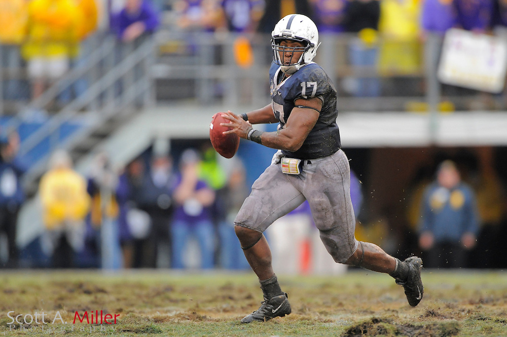 Jan. 1, 2010; Orlando, FL, USA; Penn State Nittany Lions quarterback Daryll Clark (17) runs upfield during the Nittany Lions 19-17 win over LSU Tigers in the 2009 Capital One Bowl at the Citrus Bowl. Clark  was the game's MVP. ©2010 Scott A. Miller