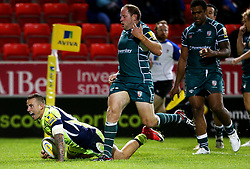 Mark Jennings of Sale Sharks scores a try - Mandatory by-line: Matt McNulty/JMP - 15/09/2017 - RUGBY - AJ Bell Stadium - Sale, England - Sale Sharks v London Irish - Aviva Premiership