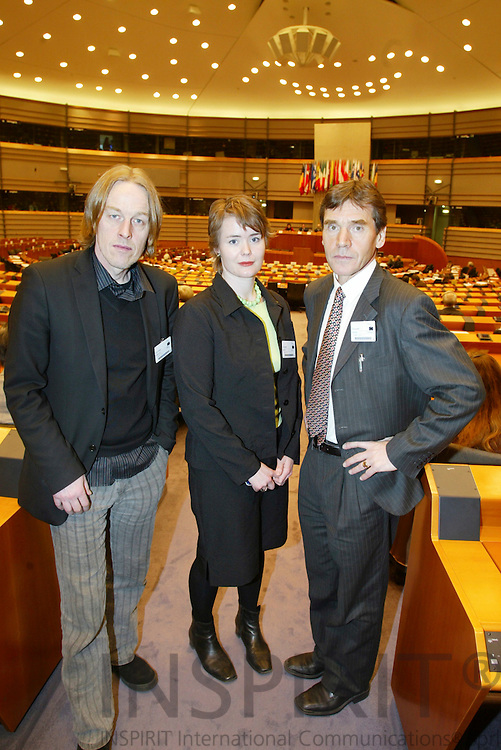 BRUSSELS - BELGIUM - 21 FEBRUARY 2006 -- Fra venstre Hallgeir Langeland, Ingvild Vaggen Malvik og Torstein Rudihagen under debatten i Europa Parlamentet. PHOTO: ERIK LUNTANG /