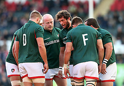 Leicester Tigers forwards huddle in the warm up - Mandatory by-line: Robbie Stephenson/JMP - 23/10/2016 - RUGBY - Welford Road Stadium - Leicester, England - Leicester Tigers v Racing 92 - European Champions Cup