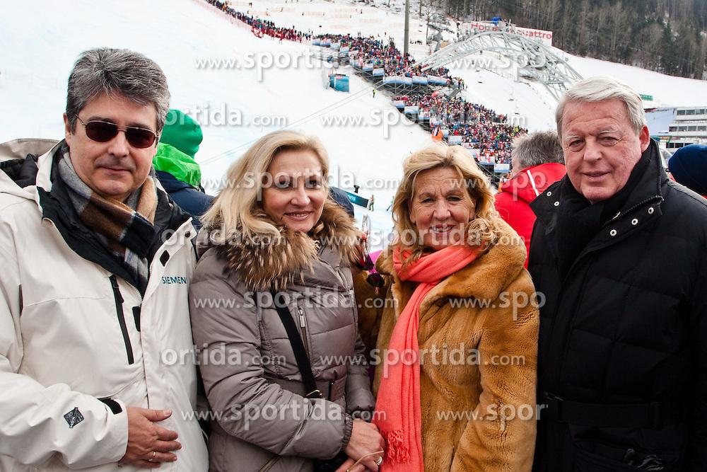 16.02.2013, Planai, Schladming, AUT, FIS Weltmeisterschaften Ski Alpin, Slalom, Damen, 2. Durchgang, im Bild v.l.n.r.: Wolfgang Hesoun (Siemens) mit Frau Brigitte und Christian und Franz Vranitzky // Wolfgang Hesoun (Siemens) with his wife Brigitte and Christian and Franz Vranitzky during 2nd run of the Womens Slalom at the FIS Ski World Championships 2013 at the Planai Course, Schladming, Austria on 2013/02/16. EXPA Pictures © 2013, PhotoCredit: EXPA/ Markus Casna