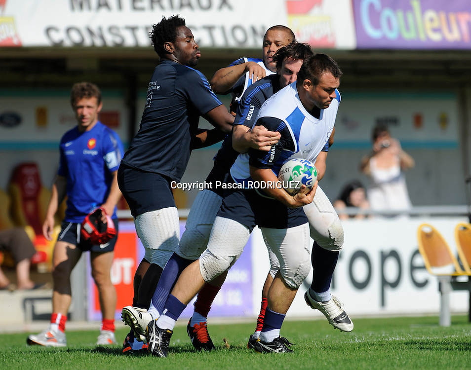 Fulgence Ouedraogo and Nicolas Mas during the French rugby union national team training at the Aime-Giral stadium Perpignan, France on sunday 31 of july 2011.<br /> <br /> Credit Photo : Pascal RODRIGUEZ/<br /> 31 juillet 2011