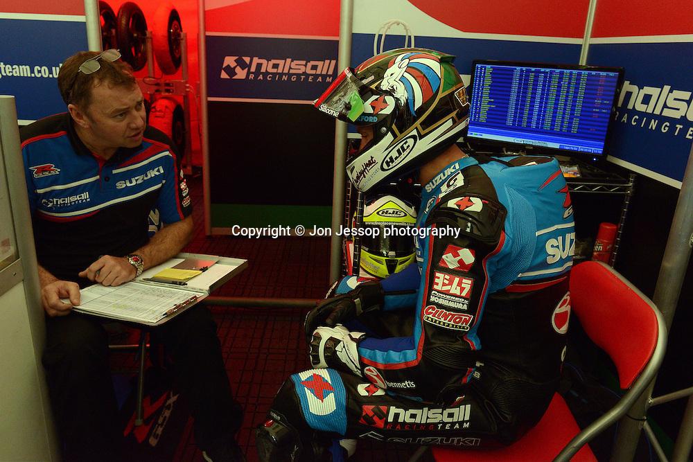 #24 Christian Iddon Bennetts Suzuki Halsall MCE British Superbikes