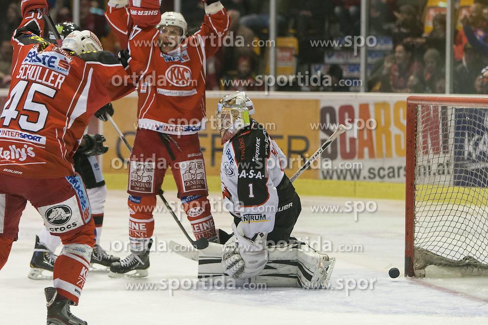 13.11.2013, Stadthalle, Klagenfurt, AUT, EBEL, EC KAC vs HC Orli Znojmo, 34. Runde, im Bild Manuel Geier (Kac, #21), David Schuller (Kac, #45), Sasu Hovi (HC Orli Znojmo, #1) // during the Erste Bank Icehockey League 34th Round match betweeen EC KAC and HC Orli Znojmo at the City Hall, Klagenfurt, Austria on 2013/11/13. EXPA Pictures © 2013, PhotoCredit: EXPA/ Gert Steinthaler